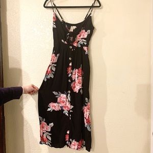 MIMI CHICA Floral Key Hole Dress WITH POCKETS